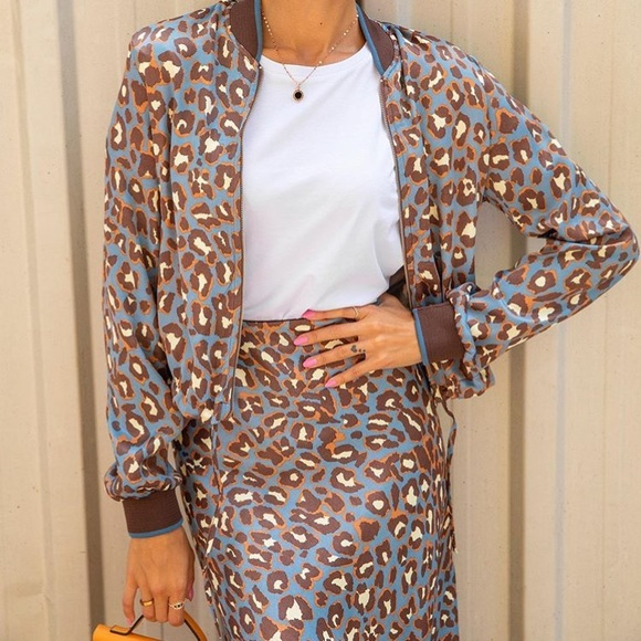 Zara Dresses & Skirts - Set of Satin Bomber and Skirt - blue leopard print